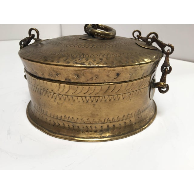 Brass Anglo Indian Decorative Brass Lidded Tea Caddy For Sale - Image 7 of 8