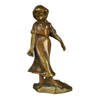 Early 20th Century Continental Figural Bronze Cabinet Sculpture of Girl For Sale