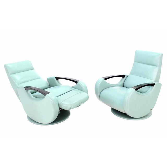Pair of Mid-Century Modern Leather Recliner Lounge Chairs For Sale - Image 9 of 11