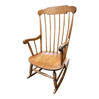 Mid 20th Century Nichols & Stone Classic Oak Rocking Chair For Sale