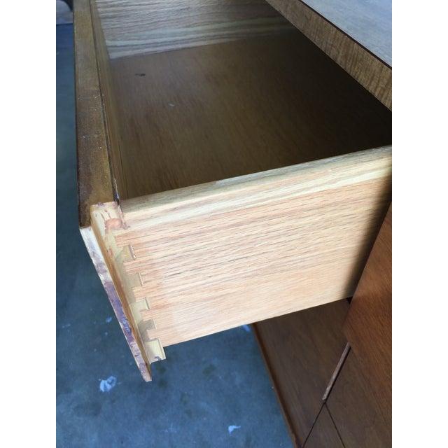 Vintage Mid-Century Modern 6 Drawer Dresser - Image 5 of 7
