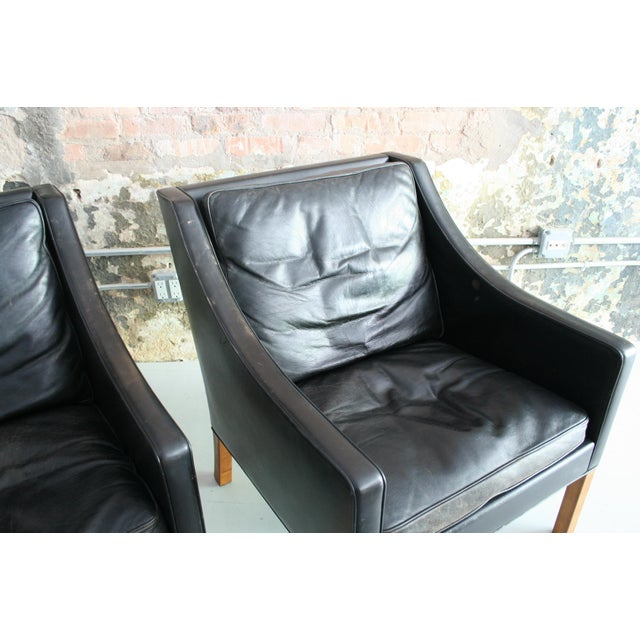 Matched Pair of Børge Mogensen Model #2207 Leather Lounge Chairs For Sale - Image 10 of 13