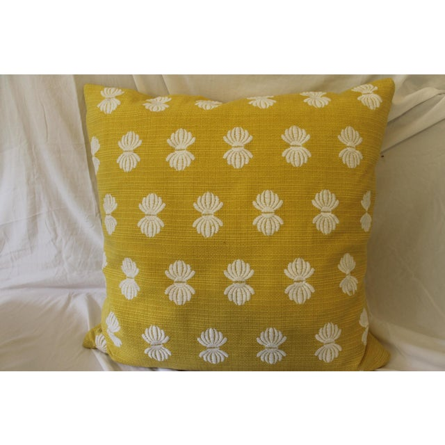 Traditional Yellow and White Pillows- A Pair For Sale - Image 3 of 9