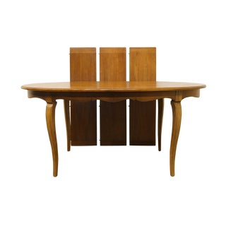 "20th Century Traditional Thomasville Furniture Chateau Collection 102"" Dining Table For Sale"