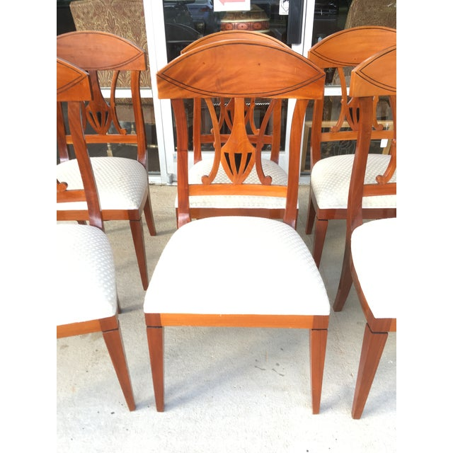 Need some extra chairs for the holidays or perhaps a new set of chairs at a budget price? Look no further! This set of...