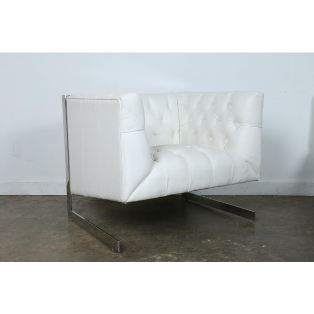 Modern Chesterfield Tufted Chair - Image 4 of 11
