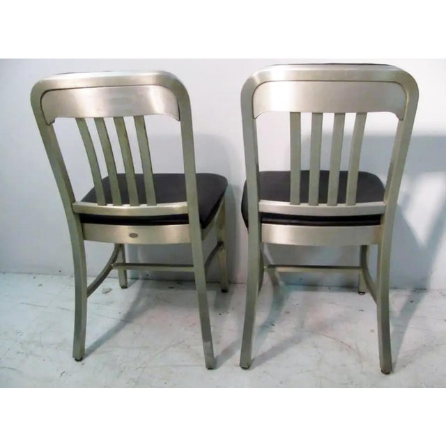 General Fireproofing Company Vintage GoodForm Aluminum Chairs Green Leather For Sale - Image 4 of 9