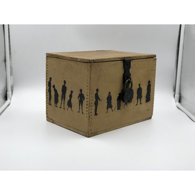 Victorian 19th Century Silhouette Painted Wooden Box For Sale - Image 3 of 13