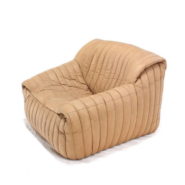 Early 20th Century Ligne Roset Beige Ribbed Leather Loveseat and Chair For Sale - Image 5 of 9