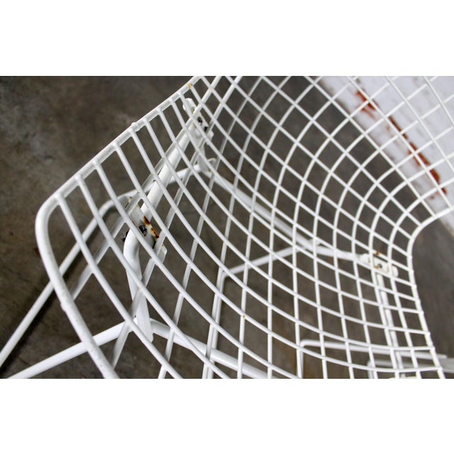 Leatherette Vintage Mid-Century Modern Bertoia White Wire Side Chairs For Sale - Image 7 of 11