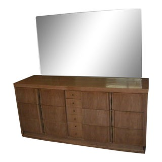 Reduced 1960s Vintage American of Martinsville Lowboy With Mirror For Sale