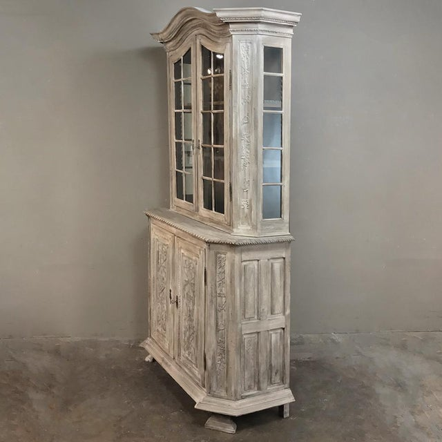Country 19th Century Country French Louis XVI Stripped Bookcase ~ Vitrine For Sale - Image 3 of 13