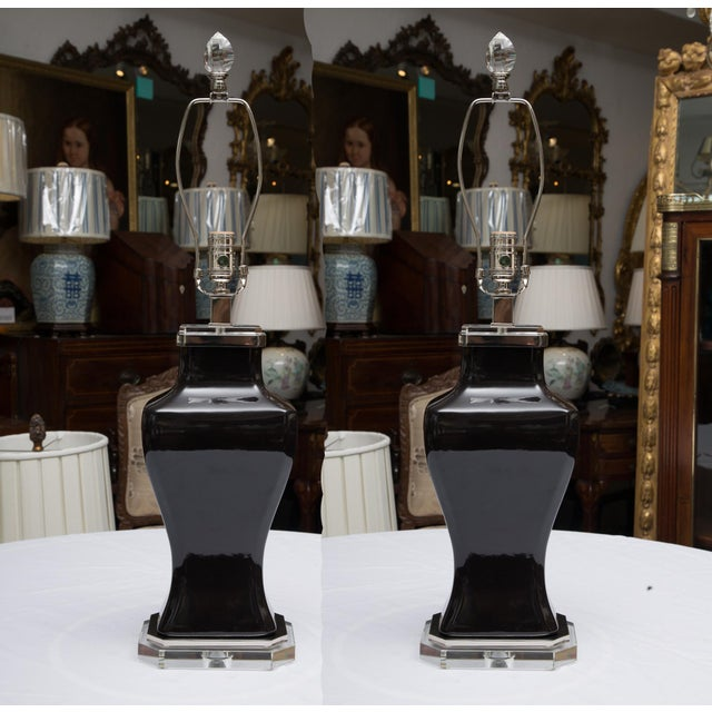 Ceramic Pair of Contemporary Black Glazed and Lucite Lamps For Sale - Image 7 of 7