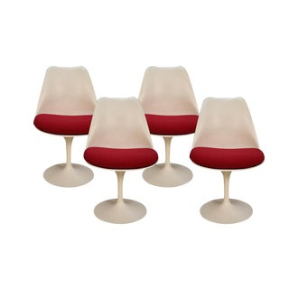 Four Knoll Eero Saarinen Swivel Tulip Chairs For Sale