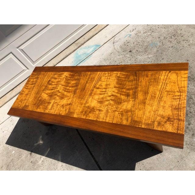 Kroehler Mfg. Co. Kroehler Mid-Century Modern Bentwood Base Coffee Table For Sale - Image 4 of 11
