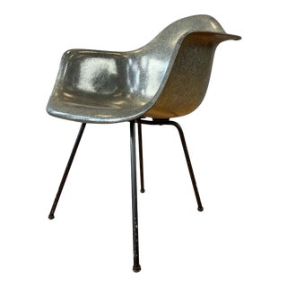 1st Generation Zenith Plastic Rope Edge Chair, Charles Eames for Herman Miller A For Sale