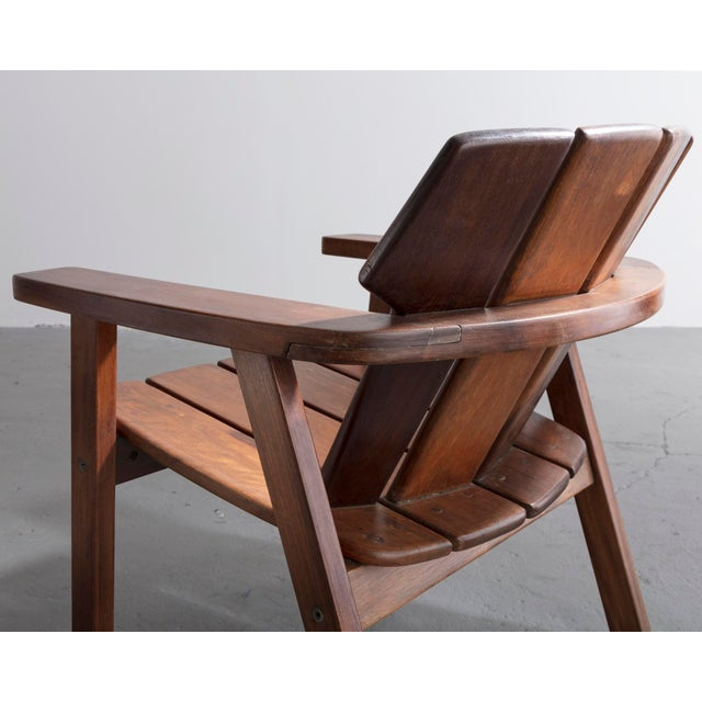 Wood Pair of slatted rosewood lounge chairs by Sergio Rodrigues, Brazil, 1960s. For Sale - Image 7 of 8
