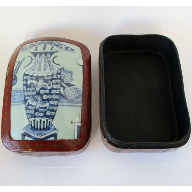 Early 20th Century Vintage Chinese Lacquered Box For Sale - Image 5 of 10