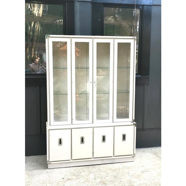 White 1970s Vintage Bernhardt Ivory Campaign China Cabinet For Sale - Image 8 of 8