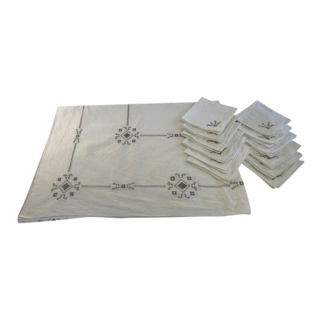 Vintage Italian Cut Work Embroidered Tablecloth and Napkins - Set of 13 For Sale
