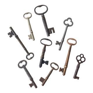 Set of 9 Antique & Vintage Keys For Sale