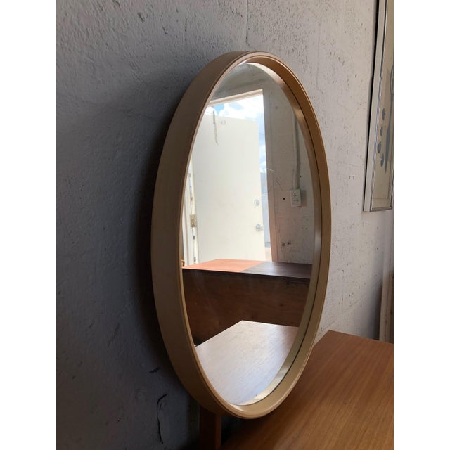 White Vintage 1970s Mid Century Modern Vanity by Schreiber For Sale - Image 8 of 11
