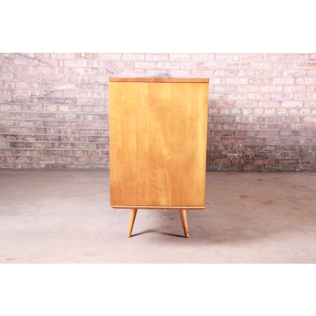 Paul McCobb Planner Group Mid-Century Modern Solid Maple Sideboard Credenza, 1950s For Sale - Image 10 of 13