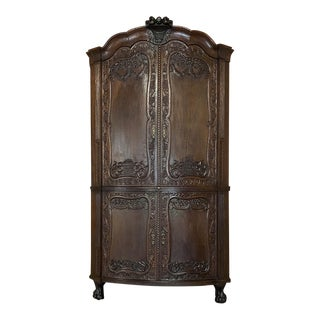 18th Century Dutch Transitional Corner Cabinet For Sale