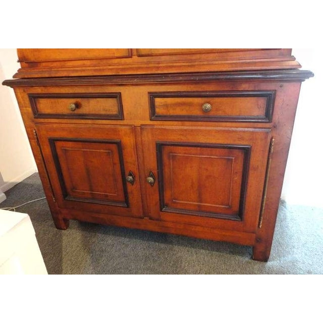 Americana Fantastic 19thc Two Piece Walnut Stepback Wall Cupboard For Sale - Image 3 of 9