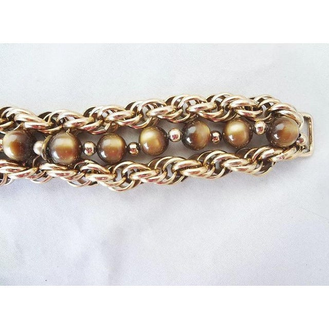 Mid-Century Modern 1950s Napier Brown Moonglow Grape Charm Bracelet For Sale - Image 3 of 9