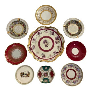 Green and Red Mixed Decorative Plates- Set of 9 For Sale