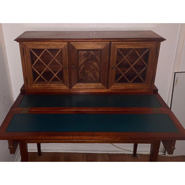 Brown 20th Century Traditional Kittinger Gainsborough Flame Mahogany Secretary Desk For Sale - Image 8 of 9