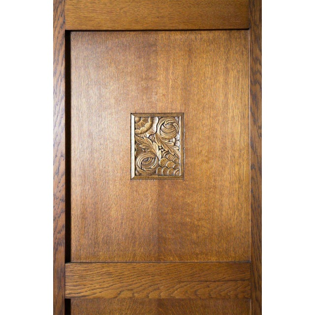 French Art Deco Triple Panel Corner Closet For Sale In Birmingham - Image 6 of 10