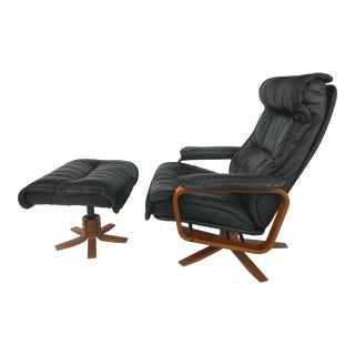 Svend Skipper for Skippers Mobler Reclining Armchair and Ottoman in Teak For Sale