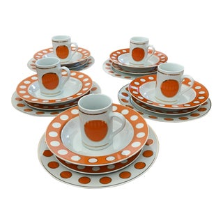 Jonathan Adler Mod Dot Tableware Set - 20 Pieces