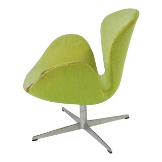 As Found Arne Jacobsen for Fritz Hansen Adjustable Height Swan Chair For Sale