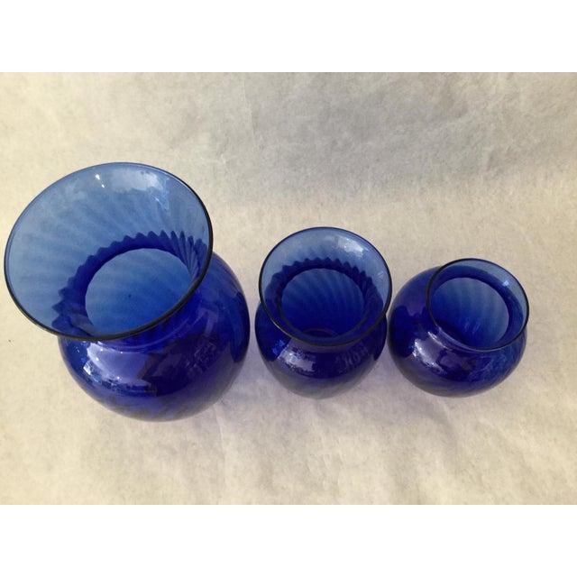 Glass Vintage Anchor Hocking Cobalt Optic Glass Vases - Set of 3 For Sale - Image 7 of 9