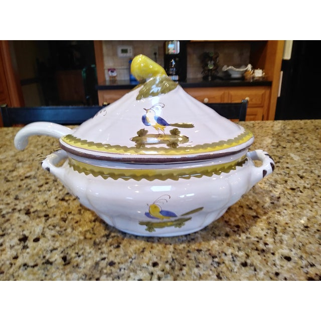 Vintage Cantagalli Firenze Faience Italian Majolica Bird of Paradise and Lemon Soup Tureen For Sale - Image 9 of 12
