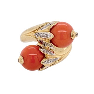 Fabulous Vintage 18k Gold Coral & Diamond Cocktail Ring For Sale