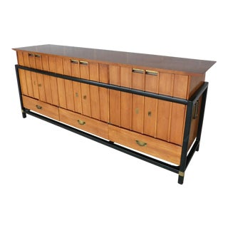 Hickory Furniture Co. Danish Modern Style Teak Credenza Server For Sale