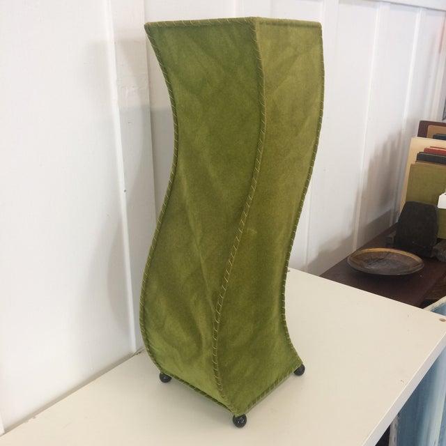 Art Deco Mid-Century Moss Green Velvet Table Lamp For Sale - Image 3 of 11