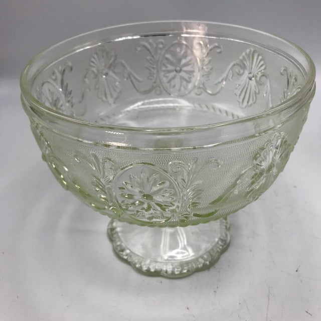 Americana 1940s Art Deco Pressed Sandwich Glass Compote Bowl For Sale - Image 3 of 7