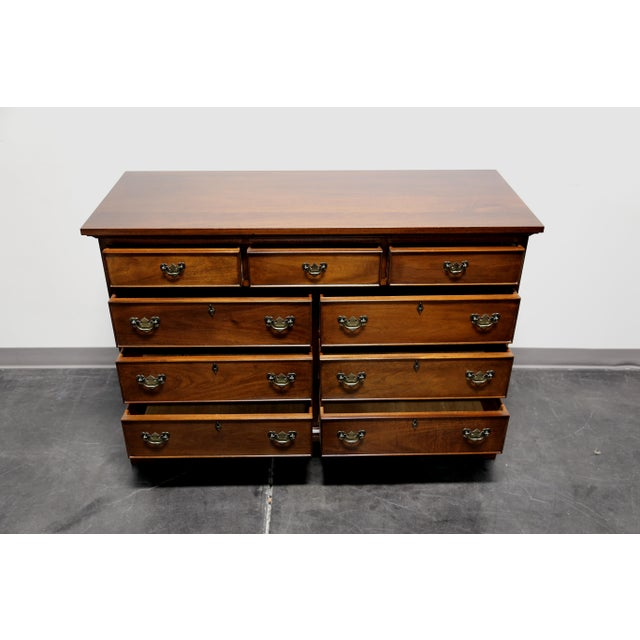 Vintage CRAFTIQUE Solid Mahogany Chippendale Nine Drawer Dresser - Image 4 of 11