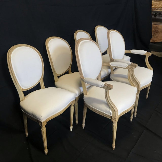 Louis XVI Dining Chairs With Original Paint & Linen Uphostery -Set of 6 For Sale - Image 4 of 13