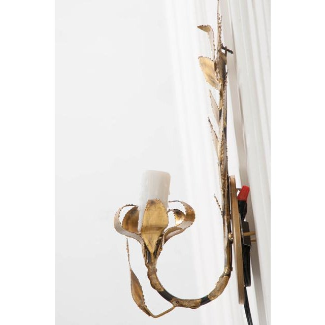 """French Pair of French Vintage Gilt-Brass Single-Arm """"laurel Leaf"""" Sconces For Sale - Image 3 of 9"""