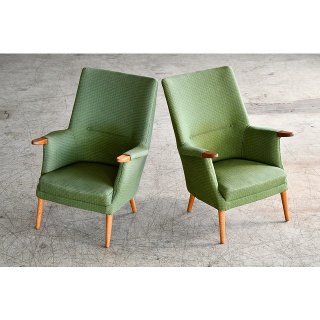 Hans Wegner Danish 1960s Hans Wegner Mama Bear Style Lounge Chairs by Poul Jessen - a Pair For Sale - Image 4 of 13