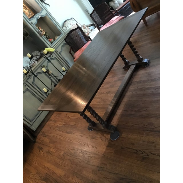 Vintage Ethan Allen expanding table with great features and excellent engineering. Table slides width wise to open from 20...