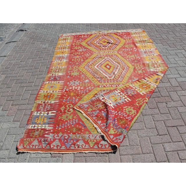 "Vintage Turkish Kilim Rug - 5'11"" x 10'7"" For Sale - Image 11 of 11"