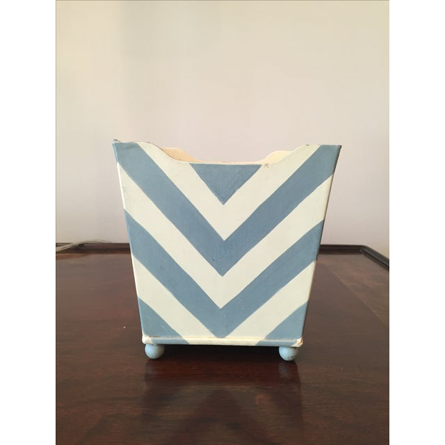 White and Blue Chevron Metal Planter - Image 2 of 6