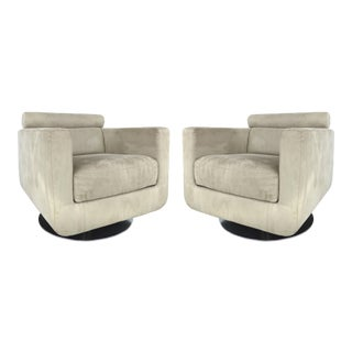 Italian Ultra-Suede Swivel Club Chairs by Natuzzi Salotti For Sale
